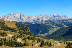 Mountain road in the valley. Of the Dolomites, Italy Stock Photo