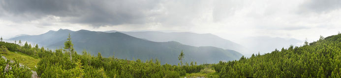 Mountain scenery in Carpathians Royalty Free Stock Photos