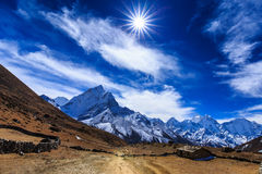Mountain scenery in Himalaya, Nepal Stock Photography