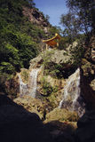 MOUNTAIN STREAM. ASIA CHINA GUANGDONG SCENERY BROOK WATERFALLS PAVILION Stock Images