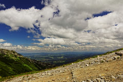 Mountain trail. And sky in Europe Royalty Free Stock Photos