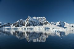 Mountain view in Antarctica Royalty Free Stock Images