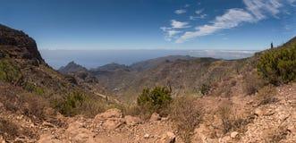 Mountain View au-dessus des nuages Photographie stock