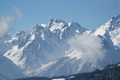 Mountain View avec le nuage Image stock