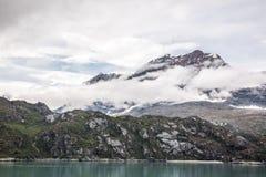Mountain View cênico de baía de geleira de Alaska's Foto de Stock Royalty Free
