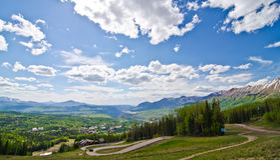 Mountain View, Colorado, el vecino del telururo en el San Juan Mountains fotos de archivo