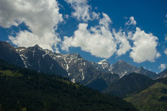 Mountain View con le nuvole, Himalaya, India Immagini Stock Libere da Diritti