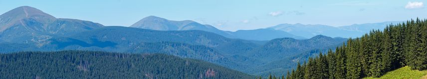 Mountain View d'été carpathien, Ukraine image libre de droits