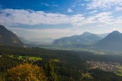 Mountain View dalla valle superiora di Alpbach, Austria Fotografia Stock Libera da Diritti