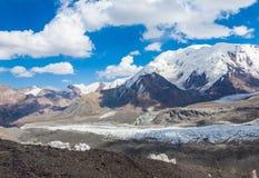Mountain View dans la région de Pamir Image libre de droits