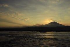 Mountain View de coucher du soleil Image libre de droits