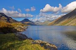 Mountain View de l'eau de Wast Photographie stock