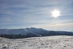 Mountain View de l'hiver images stock