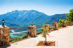 Mountain View de la terraza Foto de archivo libre de regalías