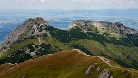 Mountain View de Tatry y Czerwone Wierchy el emigrar Imagenes de archivo