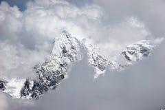 Mountain View de trous de nuages Photo stock