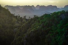 Mountain View del tempio della tigre 4 Immagini Stock