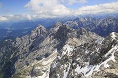 Mountain View delle alpi dalla cima di Zugspitze, Germania Fotografie Stock Libere da Diritti