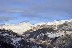 Mountain View dello Snowy fotografia stock libera da diritti