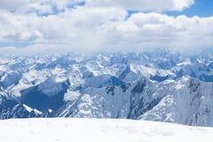 Mountain View desde arriba del pico de Lenin en la región de Pamir Imagen de archivo