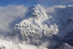 Mountain View di inverno in Bernese Oberland, Svizzera Immagine Stock Libera da Diritti