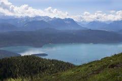 Mountain View di panorama da Jochberg al lago Walchensee Fotografia Stock Libera da Diritti