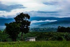 Mountain View e cielo Fotografia Stock Libera da Diritti