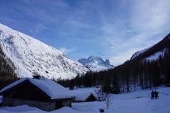 Mountain View em Chamonix quando Ski Touring Imagem de Stock