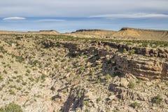 Mountain View en Dragon Canyon negro Imagen de archivo libre de regalías