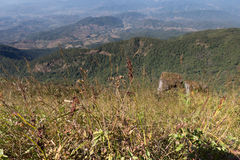 Mountain View en Kew Mae Pan Nature Trail y x28; Nacional de Doi Inthanon Fotografía de archivo