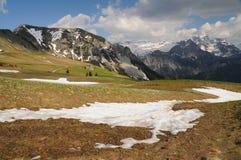 Mountain View hermoso en tiempo de primavera Imagen de archivo