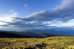 Mountain View largo di paesaggio Fotografia Stock Libera da Diritti