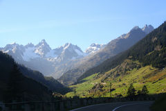 Mountain View meraviglioso nelle alpi svizzere Fotografia Stock Libera da Diritti