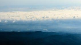 Mountain View morgens am chaingmai Thailand Lizenzfreie Stockbilder