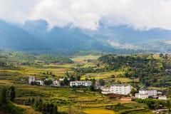 Mountain View sulla direzione da Lijiang al lago Lugu Immagini Stock Libere da Diritti
