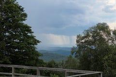 Mountain View verde Imágenes de archivo libres de regalías