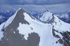 Mountain View vom Hubschrauber. stockfotografie
