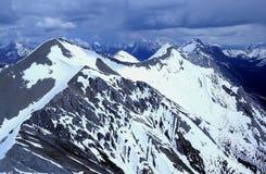 Mountain View vom Hubschrauber. lizenzfreies stockbild