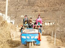 In the mountain village demonstration poses. 2011 February 17 (the 15th day of lunar New Year), China shaanxi baoji a remote mountain village, the villagers are Stock Photos