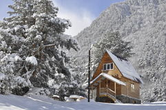 Mountain village in snow in winter Royalty Free Stock Photos
