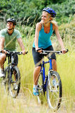 Mountainbike couple outdoors Royalty Free Stock Photos