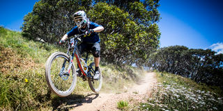 Mountainbike-Reiter an Mt Buller Lizenzfreie Stockfotos