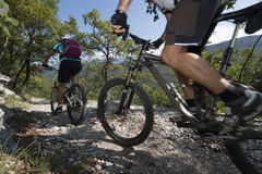 Mountainbiking -登山车 库存图片
