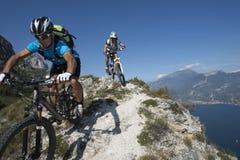 Mountainbiking -登山车 库存照片
