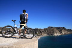 Mountainbiking an Cabo De Gata Lizenzfreie Stockfotos