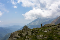 Mountaineer in Aigüestortes natural park, Pyrenees Royalty Free Stock Photos