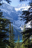 Mountains around Lake Moraine Stock Photography