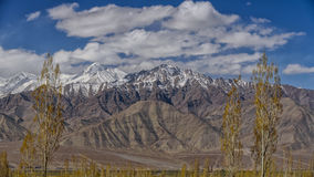 Free Mountains Himalayas And Dramatic Clouds On Blue Sky. Ladakh, Jam Royalty Free Stock Photography - 74020067