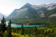 Mountains and lake in fall Royalty Free Stock Photography