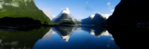 Mountains In New Zealand Royalty Free Stock Photography